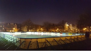 Urban dream rink, Wicker Ice Chicago.