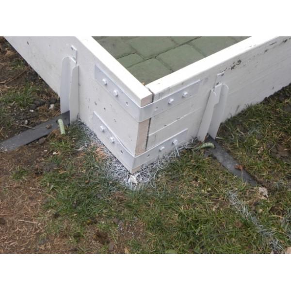 Backyard Ice Rink Corner Brackets - 4 Pk   Iron Sleek